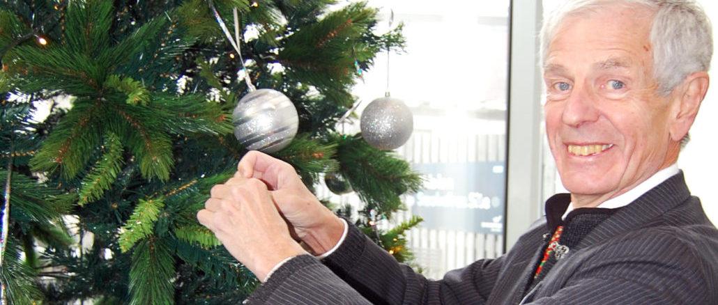 christmas-tree-colin-photo